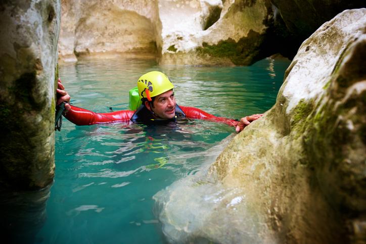 Canyoning: descenso de barrancos en España