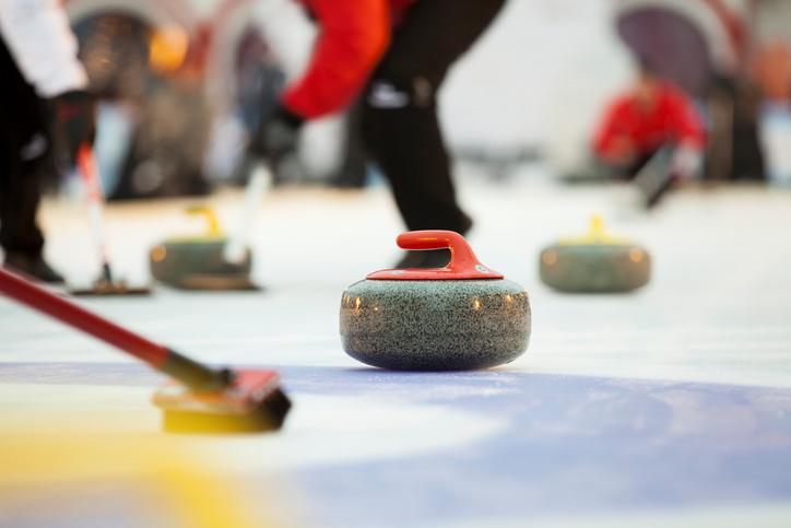 Principales reglas del curling, el deporte de estrategia