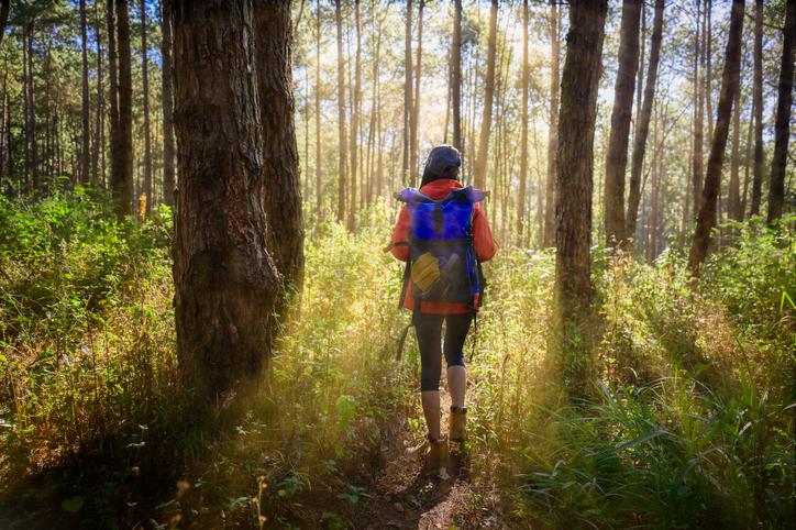 ¿Qué necesito para practicar senderismo?